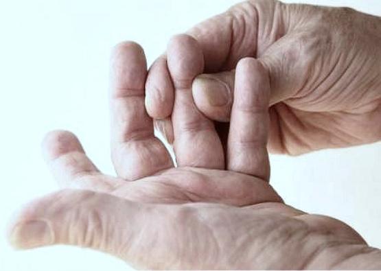 боль в руке отдает в пальцы