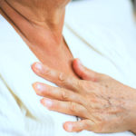 Почему возникает чувство дискомфорта в грудной клетке?